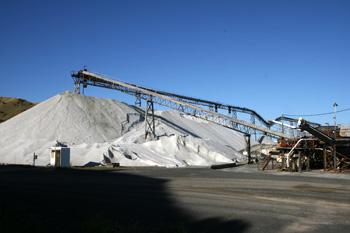 ニュージーランドの塩工場