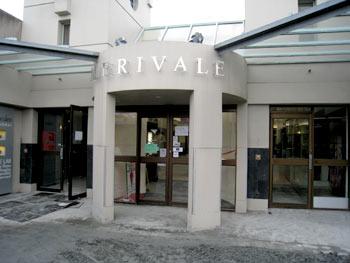 Merivale Mallは一応オープン