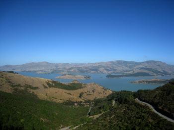 ニュージーランド地震 丘の上から見たリトルトン