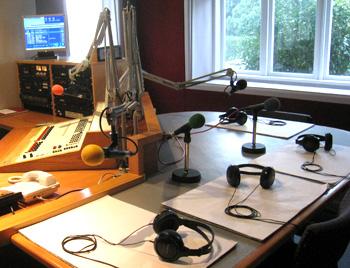 オークランドのラジオ局プラネットFM