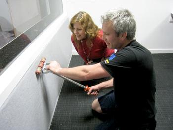 ラジオ局のスタジオ 吸音材を設置