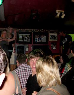 ニュージーランドの都市部でパーティーバスは人気